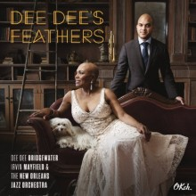 DeeDeesFeathers